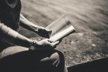 book-926502_1280